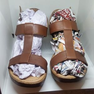 Born on Concept Leather Wedge Strap Sandles